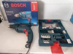 Furadeira parafusadeira bosch 450w + kit 41pcs bosch R$299,00 a vista novo sem uso