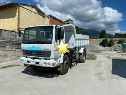 Caminhão MB Atron 1719