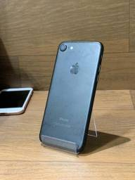 iPhone 7 32GB Preto Fosco