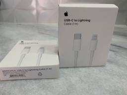 Cabo USB tipo C Apple lacrado na caixa