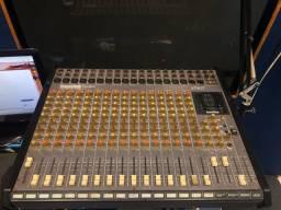 Mesa som soundtech profissional áudio
