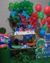 Festa infantil/ decoração com carrinho