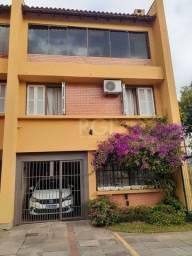 Casa à venda com 3 dormitórios em Medianeira, Porto alegre cod:FR3449