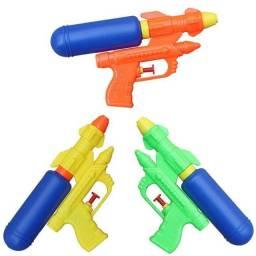 Título do anúncio: Kit com 3 pistolas de água.
