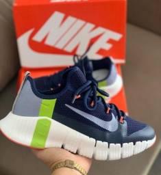 Tênis Nike Free Metcon 3