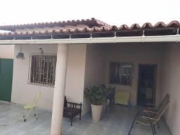 Troco casa por chácara em Coromandel