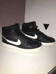 Tênis Nike - tam 38
