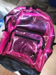 mochila rosa transparente