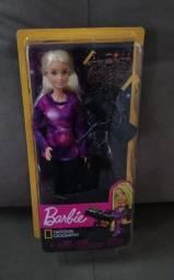 Boneca Barbie Coleção Nat Geo - Astrofísica