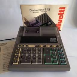 Nova - Calculadora Eletrônica Olivetti Divisumma 612 com capa e manual.