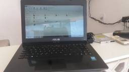 Notebook ASUS 2GB e 320HD