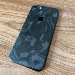 IPhone 7 128 Gb Preto-fosco + 2 Cases + Adesivo 3D