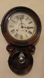 Antigo Relógio De Parede Ingraham Bicolor A Corda Modelo Oito