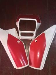 Kit carenagem e tampa lateral XLX350 Branca Usado