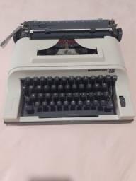 Maquina de datilografia - maquina de escrever