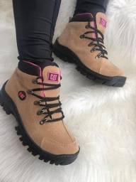 Lançamento lindas botas.