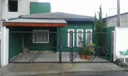 Excelente Casa 3 Dorms 92m² com Móveis Planejados, 2 Vagas em Ótima Localização