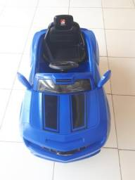 Carro elétrico infantil camaro azul, Bandeirantes, novíssimo