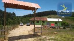 CH0322 Quitandinha - Chácara 12.100 m² com casa, tanque e rio