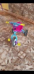 Triciclo infantil fem