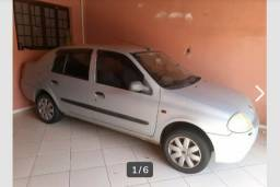 Clio sedan 2001 7.000