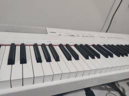 Piano p105