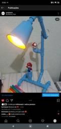 Luminária do Mario com cúpula e móvel