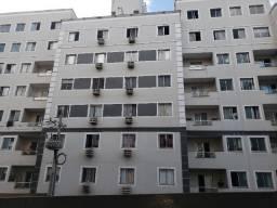 Com 02 quartos e dois banheiros bairro Monte Castelo