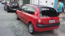 Vende-se carro Renault Clio