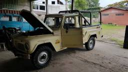 Ford F75 4x4 1977