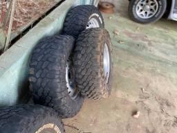Jogo de rodas L200 co pneus