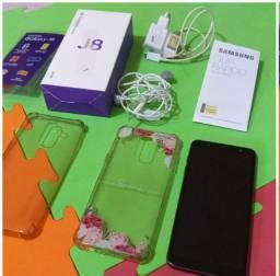 Celular Samsung J8 roxo 64gb + 2 capas + película completo