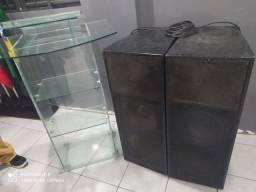 Púlpito de vidro + Caixa de Som.