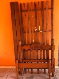 Cama solteiro madeira ?antiga?