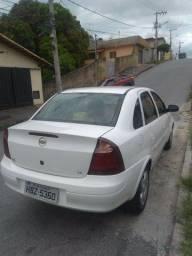Corsa Premium 1.4   2010