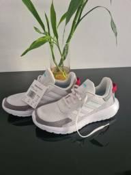 Tênis Adidas NOVO 36