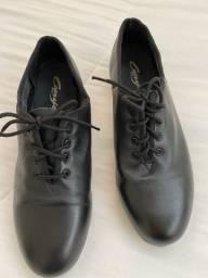 Sapato para sapateado pouquíssimo uso