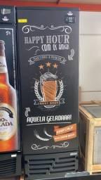 Cervejeira porta sólida 7 caixas