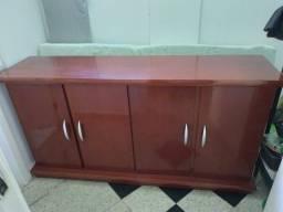 Cômoda em madeira para sala