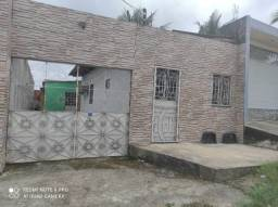Título do anúncio: [Vende-se] Casa no Novo Aleixo c/ 02 Garagens - More e ainda tenha renda de aluguel
