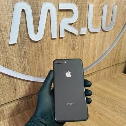iPhone 8 Plus preto 256Gb R$2799,00