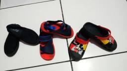 Vendo essas sandálias de menino