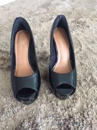 Sapato Peep toe novo tamanho 33 preto