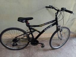 Vende se uma bicicleta Caloi