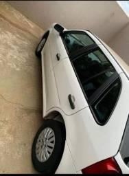 Vendo ou troco por veículo até R$ 35.000