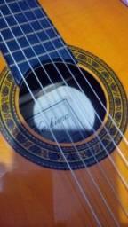 Vendo violão da marca kashima em excelente estado e com capa por 350, sou de unamar.