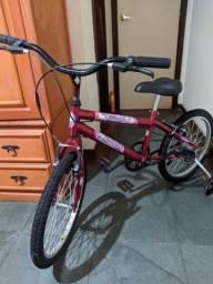 Bicicleta infantil aro 20 muito nova