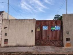 Casa com 2 dormitórios para alugar por R$ 1.200/mês - Nossa Senhora da Abadia - Uberaba/MG