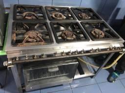 Fogão industrial inox 6 bocas com forno, funcionando perfeitamente