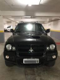 Mitsubishi Pajero Sport 3.5 HPE 4x4 V6 24V Flex 4P Automatico 2011